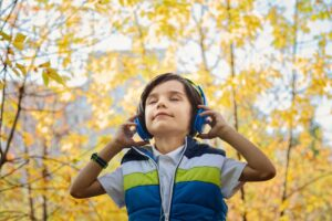 LISTEN: How to Hear God and Identify His Leading
